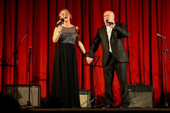 Singers Kearra Bethany & Joe Wall